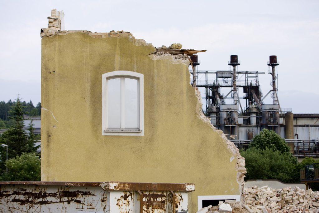 demolition 1895437_1280